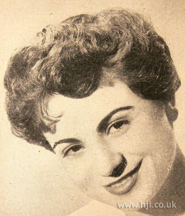 1950 short fringe hairstyle