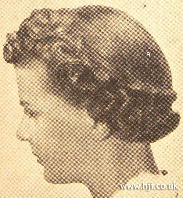 1950s curly bob hairstyle