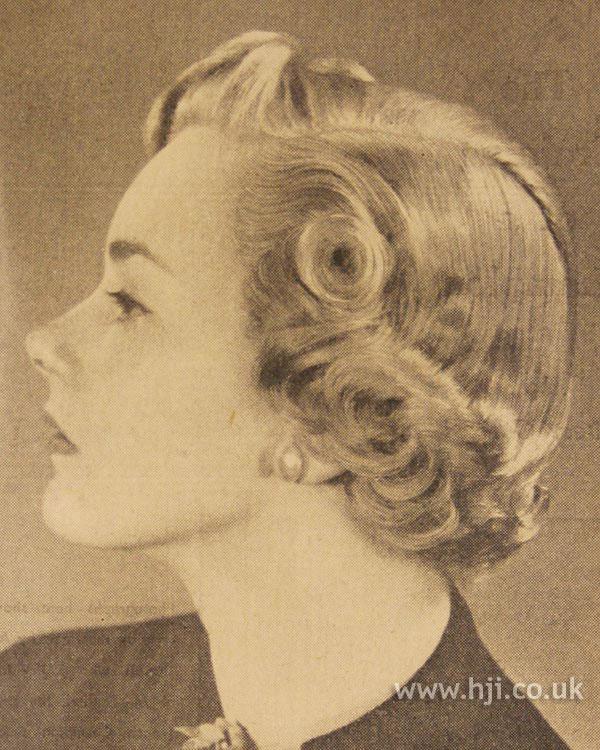 1951 curls parting