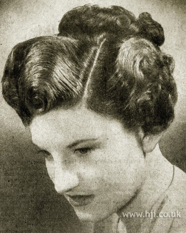 1951 updo parting