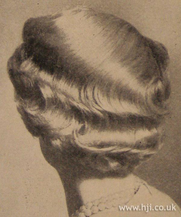 1951 waves back