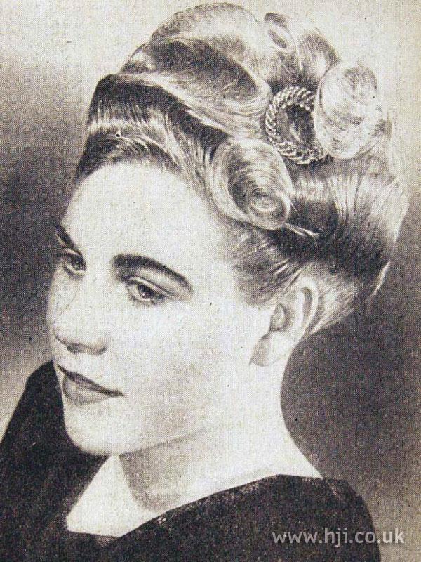 1953 blonde wavy updo