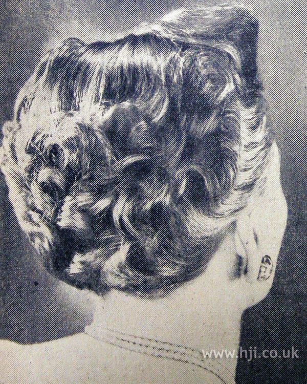1953 brunette curls