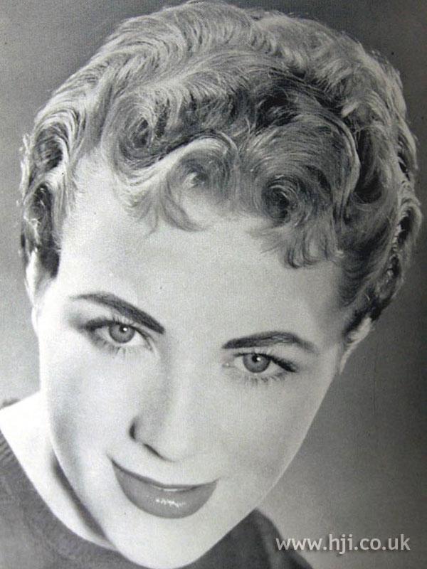1954 blonde way hairstyle