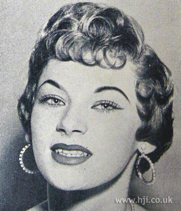 1954 brunette curls hairstyle