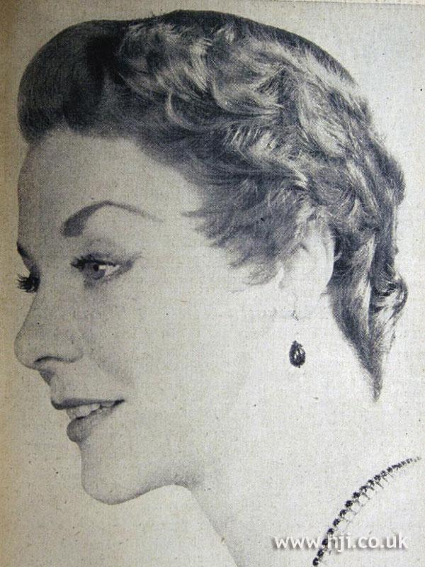 1954 short layered hairstyle
