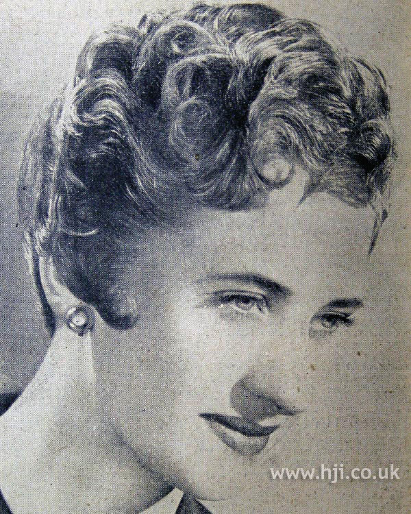 1954 wavy bob hairstyle