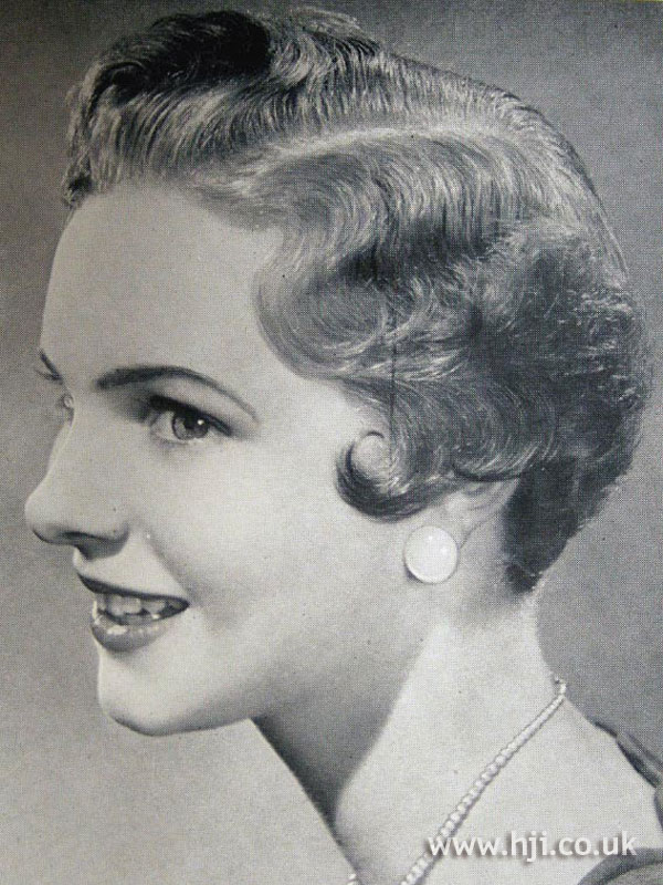 1954 waves short hairstyle