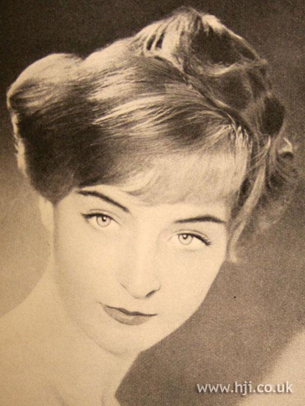 1956 updo with short fringe