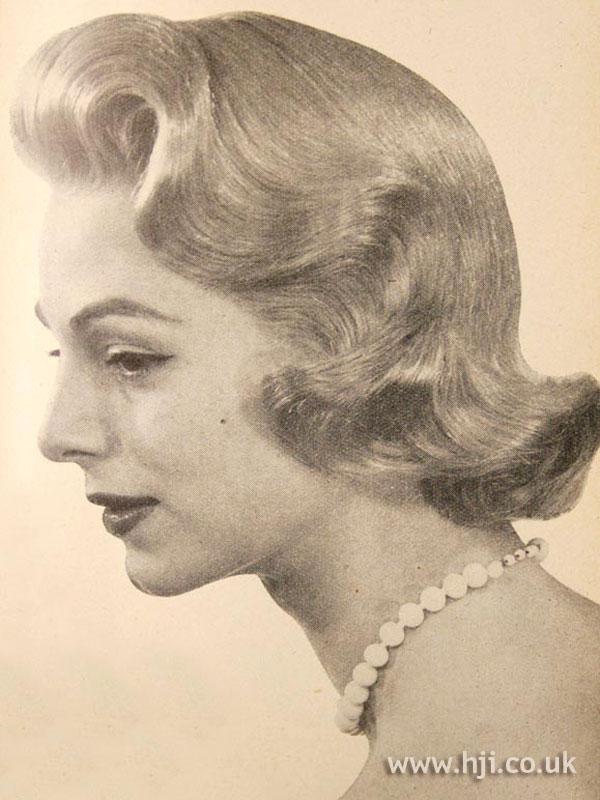 1956 wave blonde