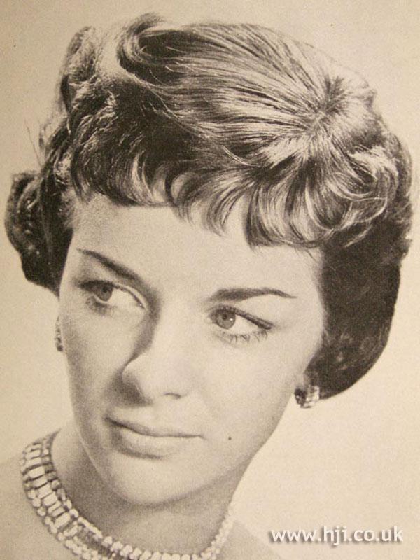 1957 brunette short2