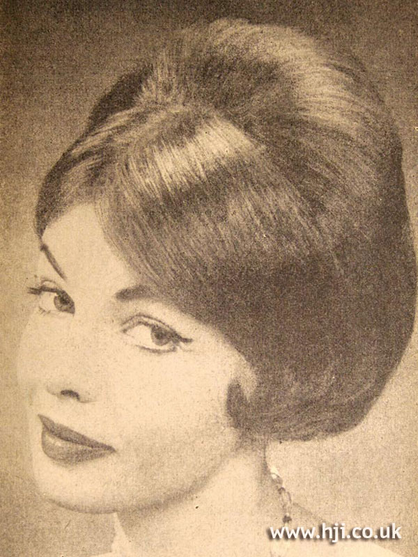 1958 brunette bob hairstyle