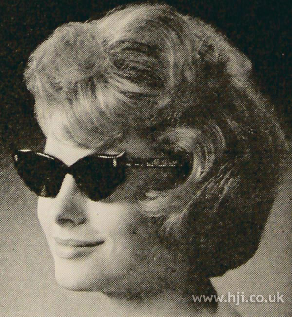 1961 glasses waves