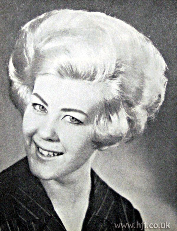 1962 blonde volume1