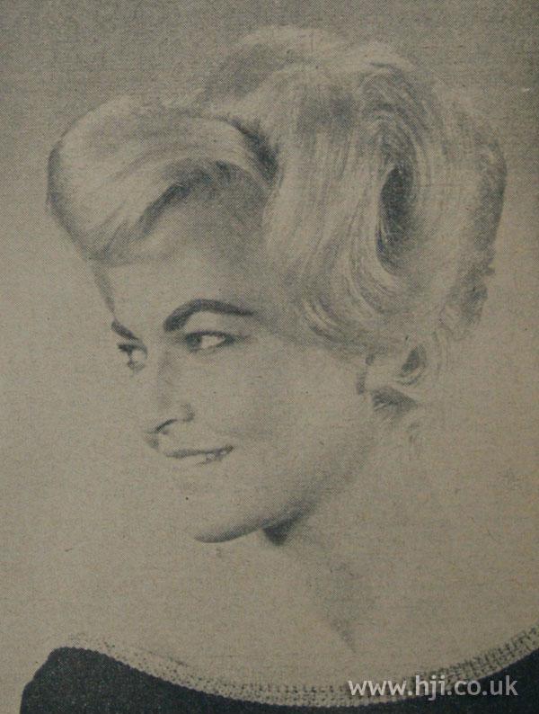 1962 blonde wave