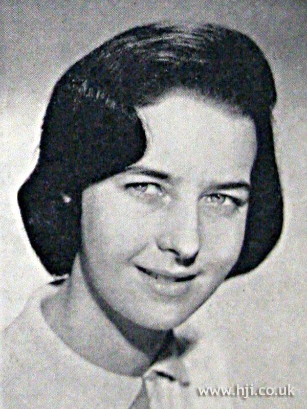 1962 brunette parted