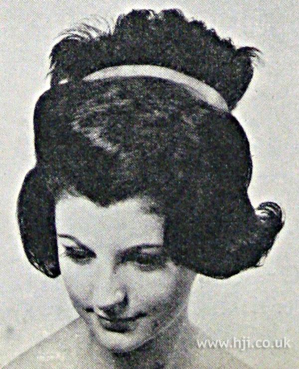 1962 brunette wave