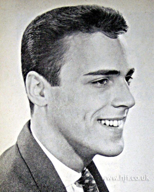 1962 men short