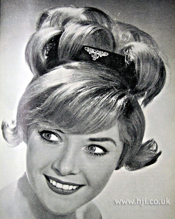 1962 top curls