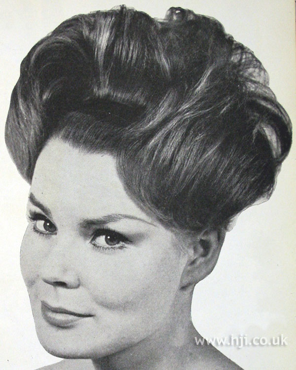 1962 updo waves