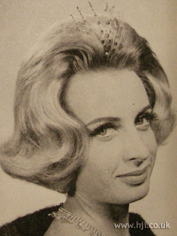 1963 accessory quiff