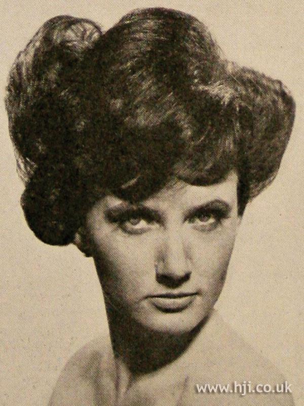 1963 brunette short