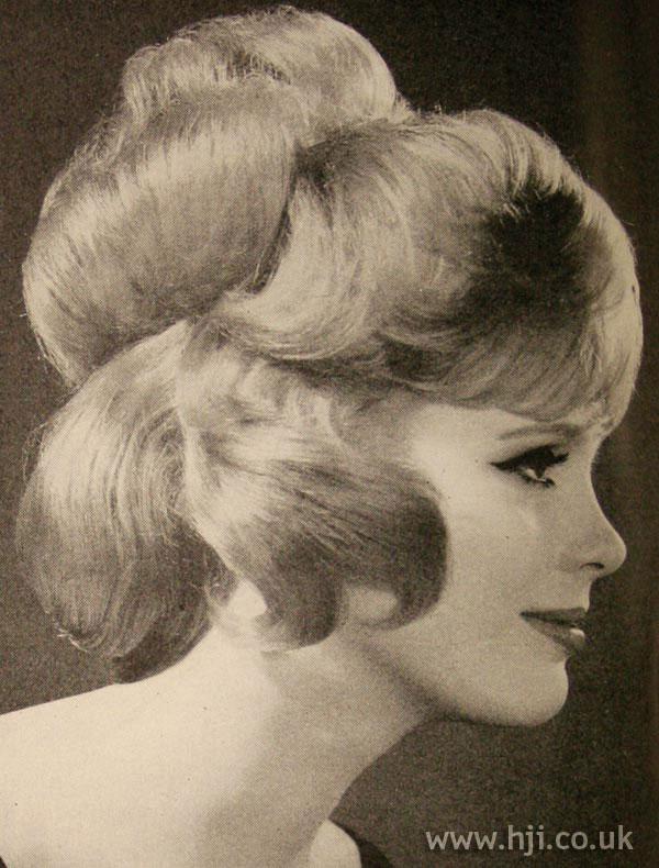 1963 updo curl