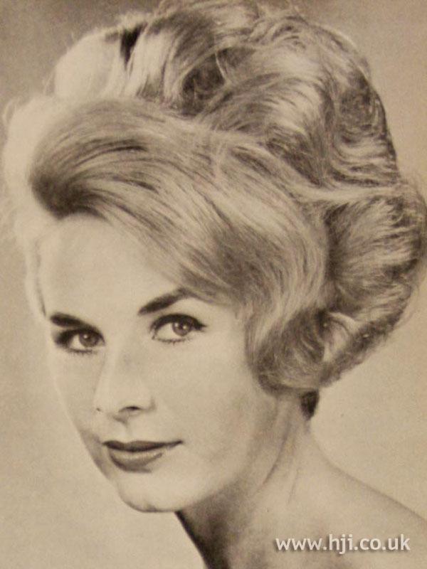 1963 volume waves