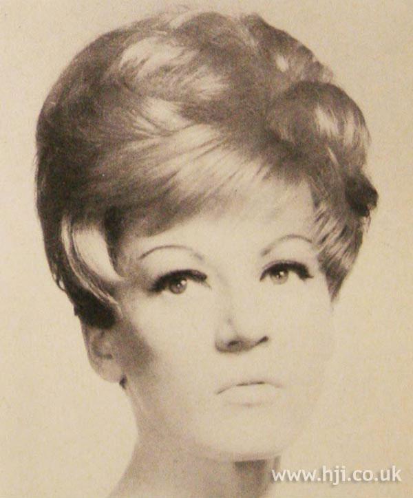1966 blonde brunette