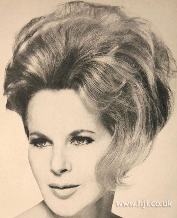 1966 blonde updo2