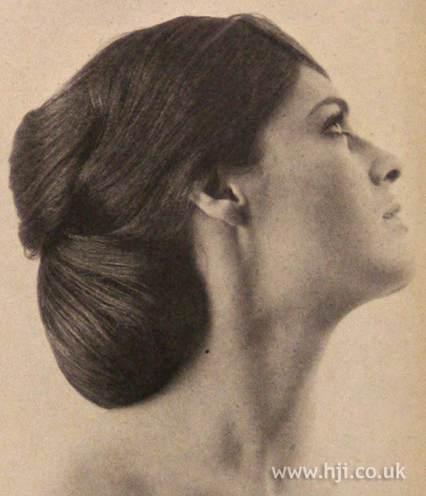 1966 brunette layered chignon