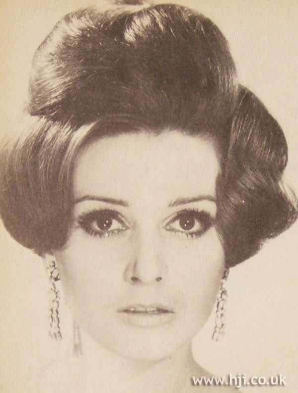 1966 curls volume