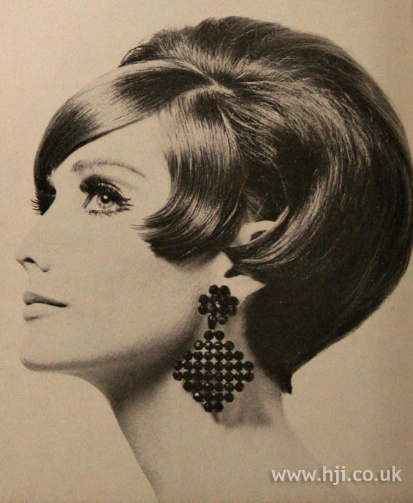1966 glossy bob