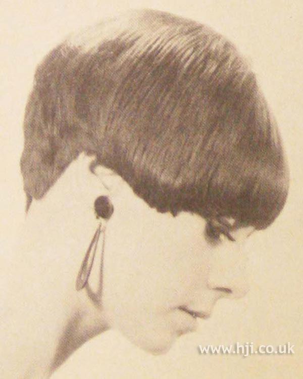1966 graduated brunette