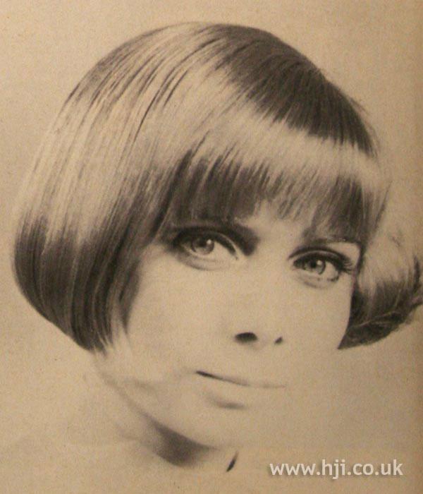 1967 blonde gloss