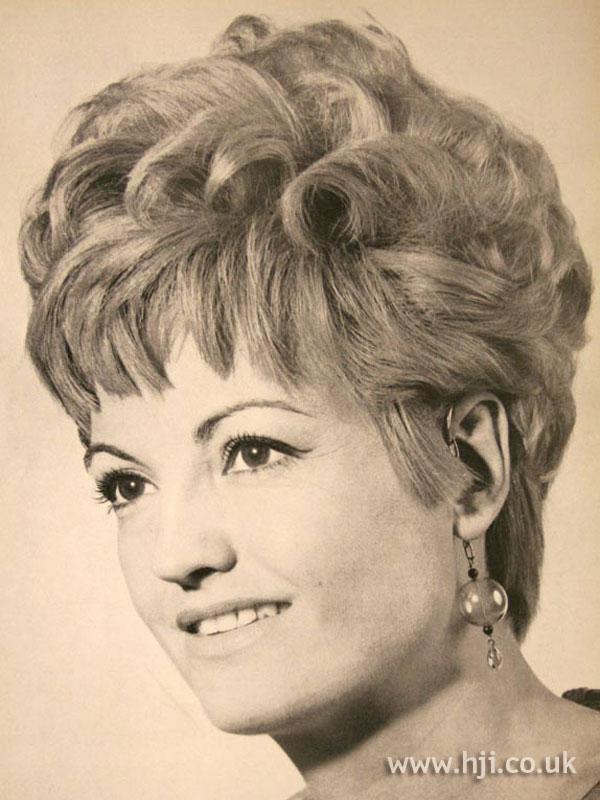 1967 blonde updo1
