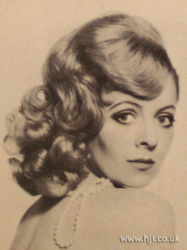 1967 blonde waves2