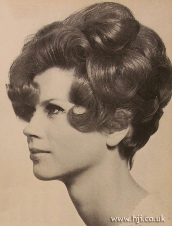 1967 brunette curls1