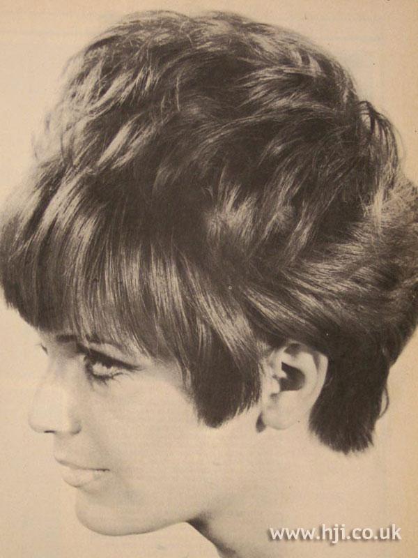 1967 brunette short1