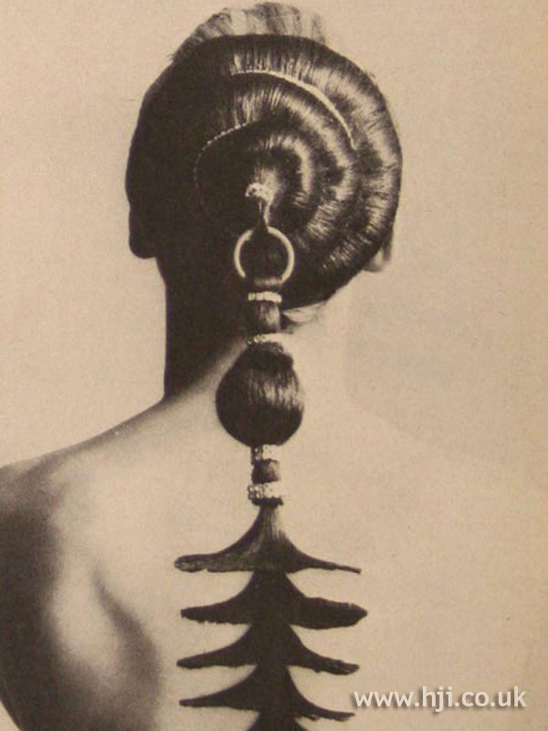 1967 creative ponytail hairstyle
