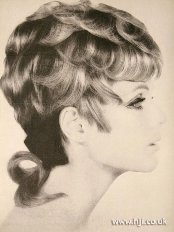 1967 highlighted curls