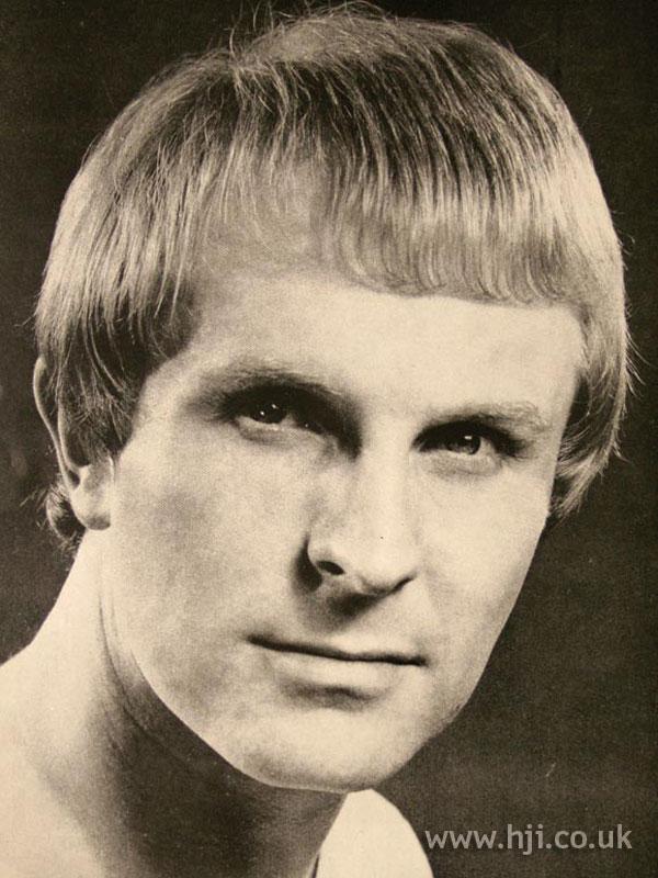 1967 men blonde2