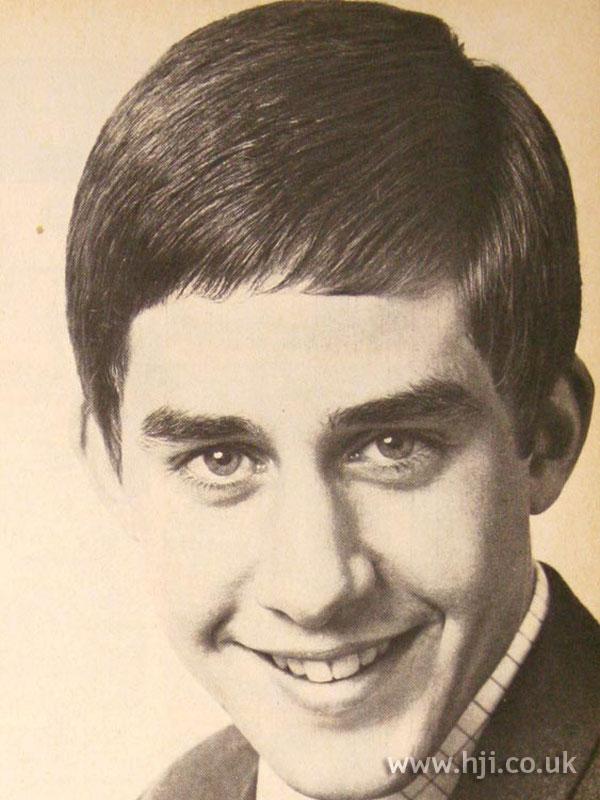 1967 men brunette2