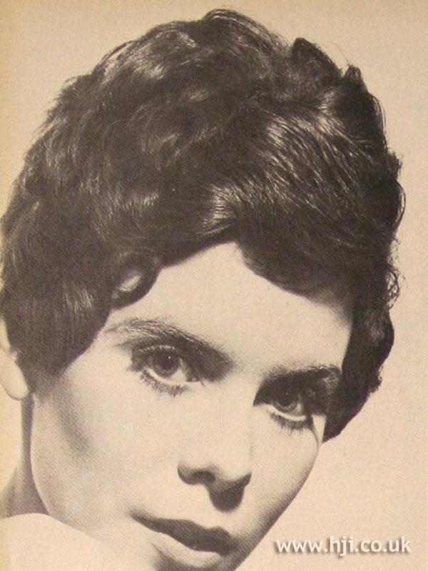 1967 short brunette1