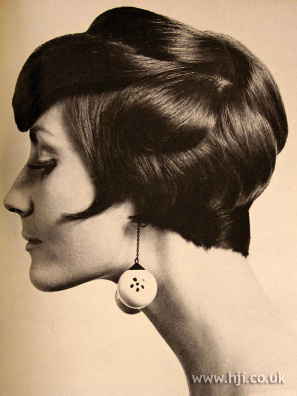 1967 smooth brunette