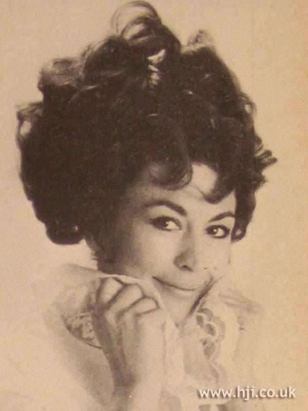1967 updo curls1