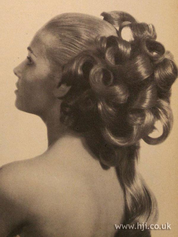 1967 volume ringlets