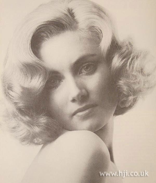 1968 blonde bob2