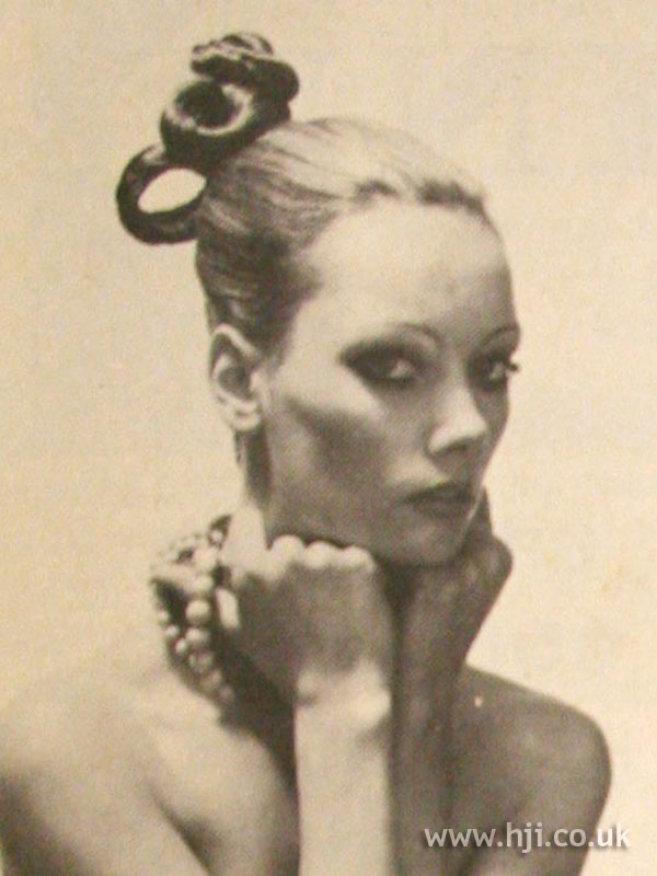 1968 blonde updo hairstyle