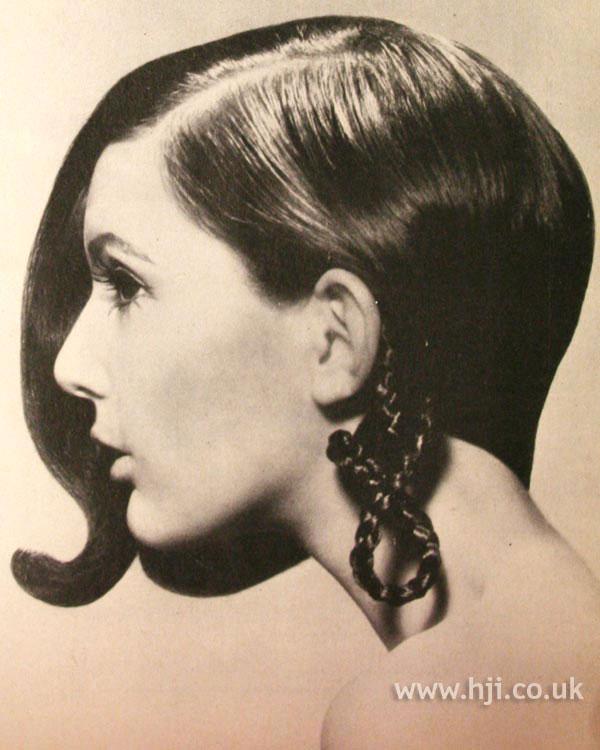 1968 brunette bob